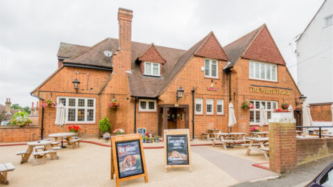 Bar & Restaurant Manager – The White Horse, Harrow-on-the-hill, London